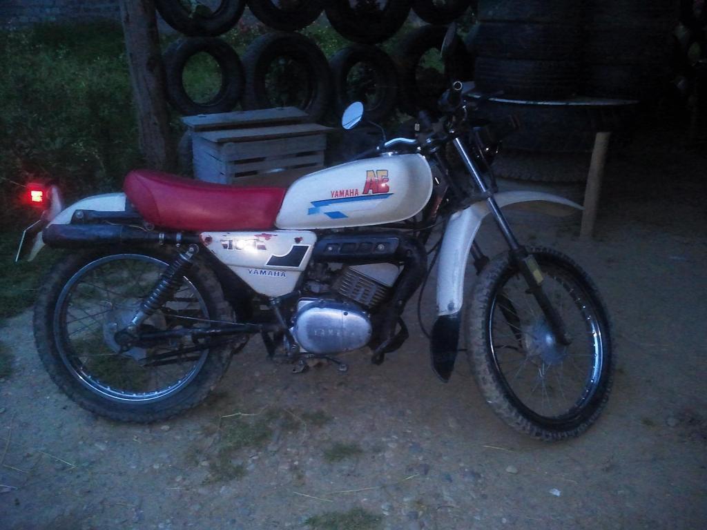 Moto yamaha japonesa 2 tiempos