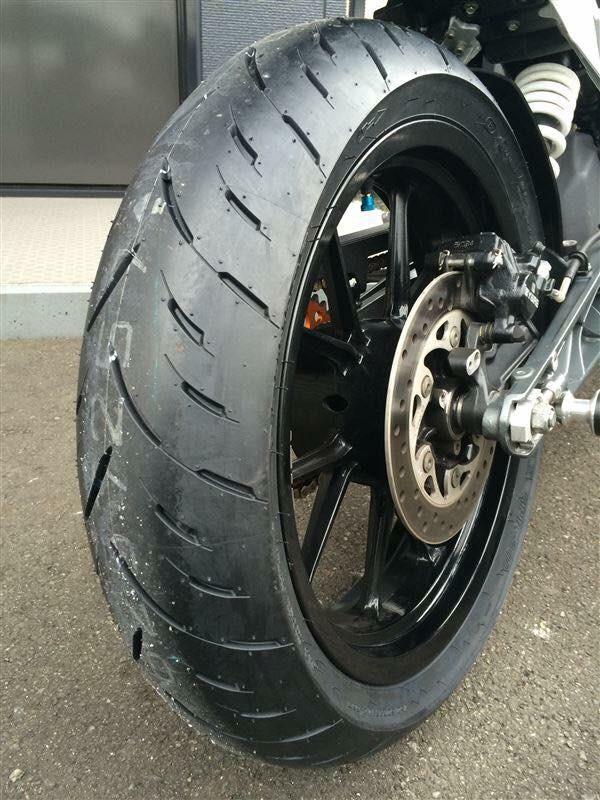 Llanta Dunlop 160/60R17 Pulsar NS200 Yamaha R3 Ninja 300 Duke 390