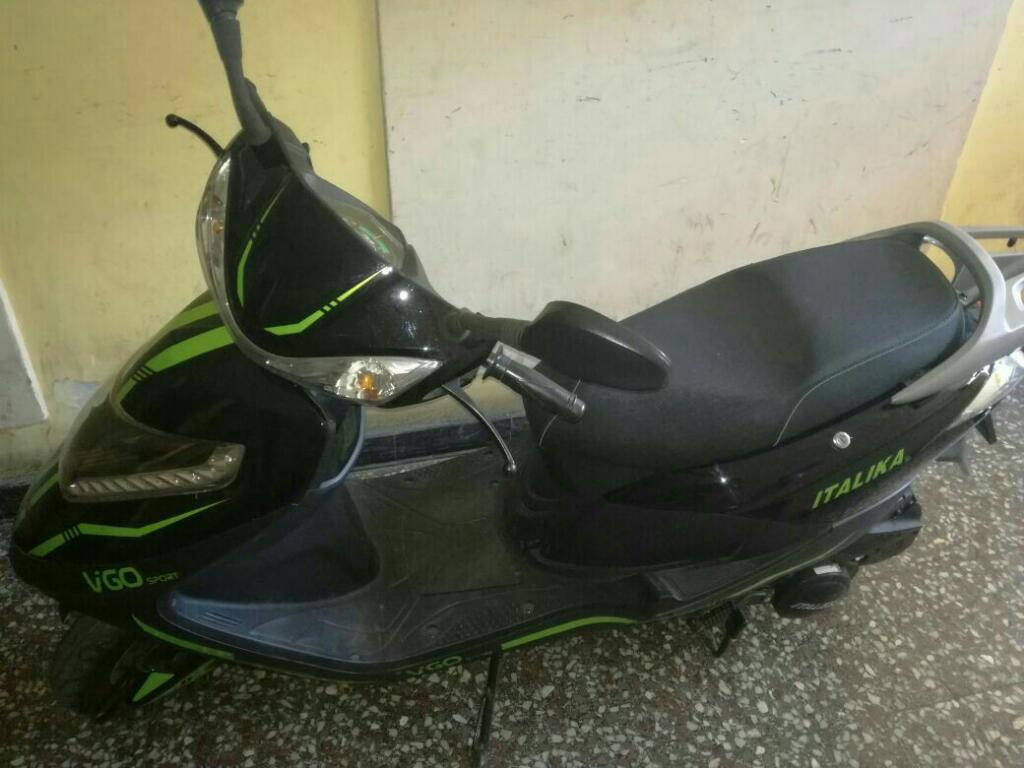 Vendo Scooter Italika Automatica 125cc