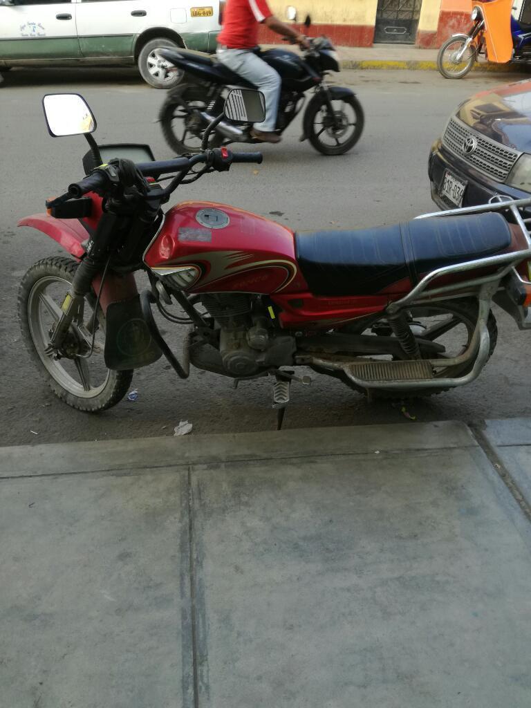 Vendo Mi Moto Valor de 1350 Ronco 150