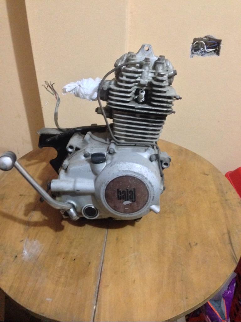 Motor Bajaj 1250@