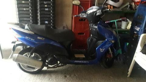 Vendo Moto Zongshen Motor 150
