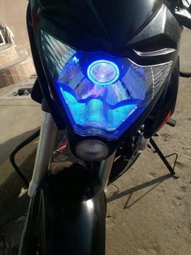 Vendo Moto Naked 150cc