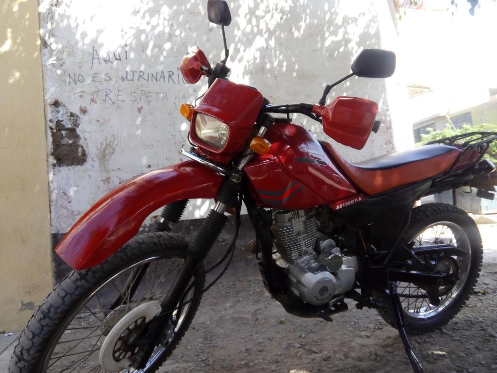 moto lineal motor 150 marca asiatica