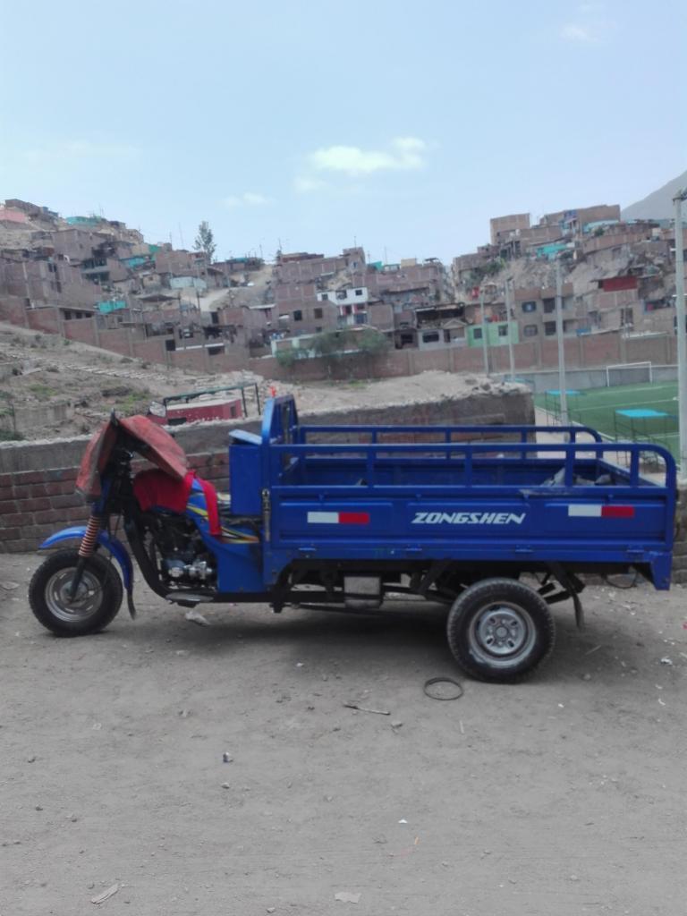 SE VENDE MOTOCARGA MARCA ZONGSHEN 1 AÑO DE USO S/4200 PRECIO A TRATAR