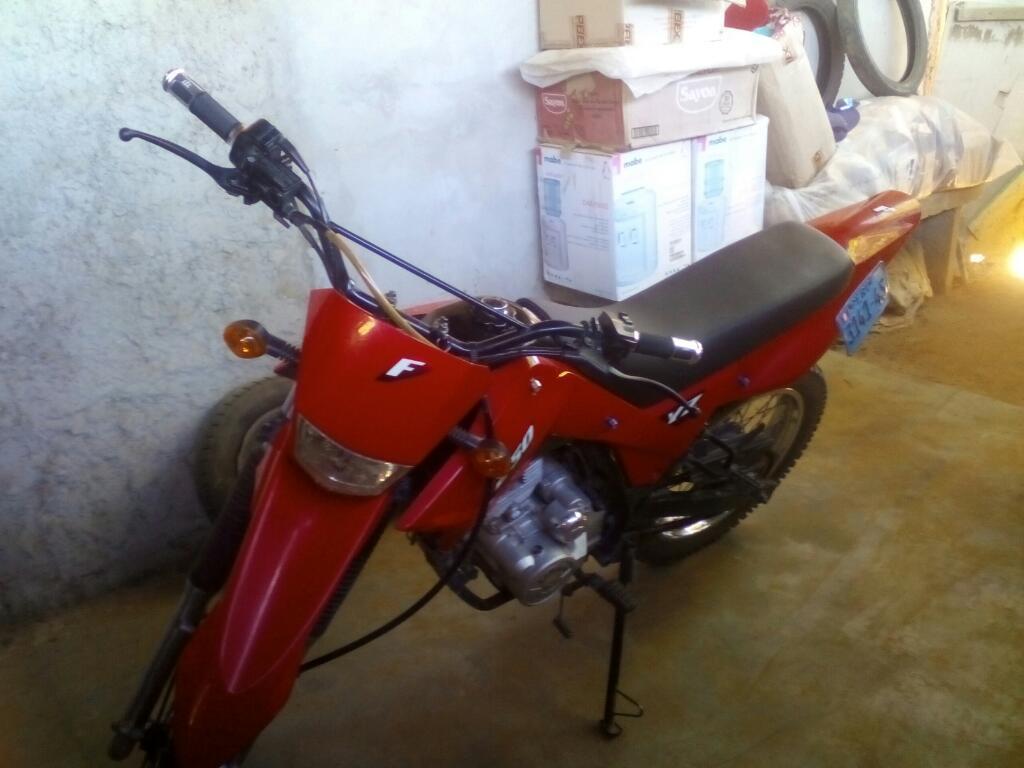 Moto Lifan Xplore 200