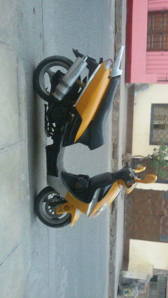 Remato Moto Scooter con Soat Del 2010