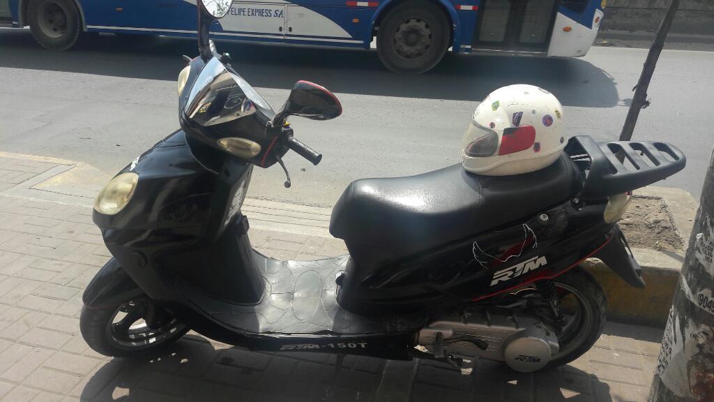 Remato Moto Scooter Rtm 150 con Soat hasta Mayo Mas Casco