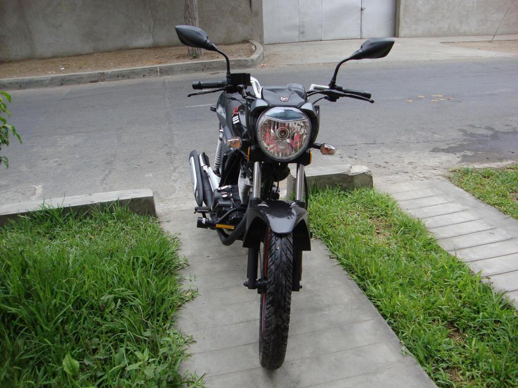 Vendo moto Keeway 125