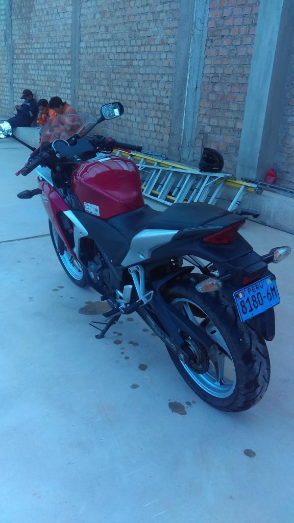 Honda/ cbr 250