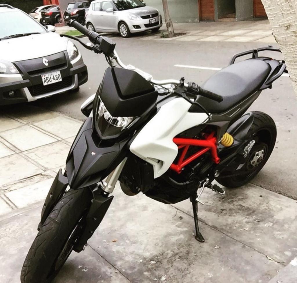 Ducati Hypermotard 821Full Fibra de carbono