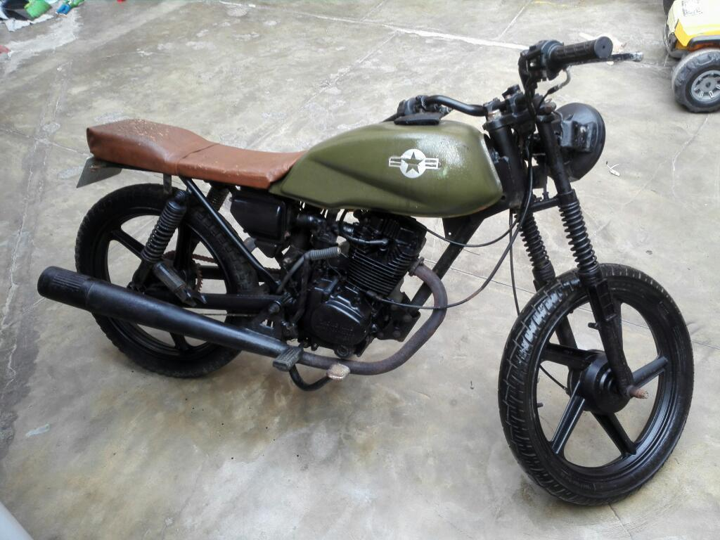Moto Lineal Cafe Racing