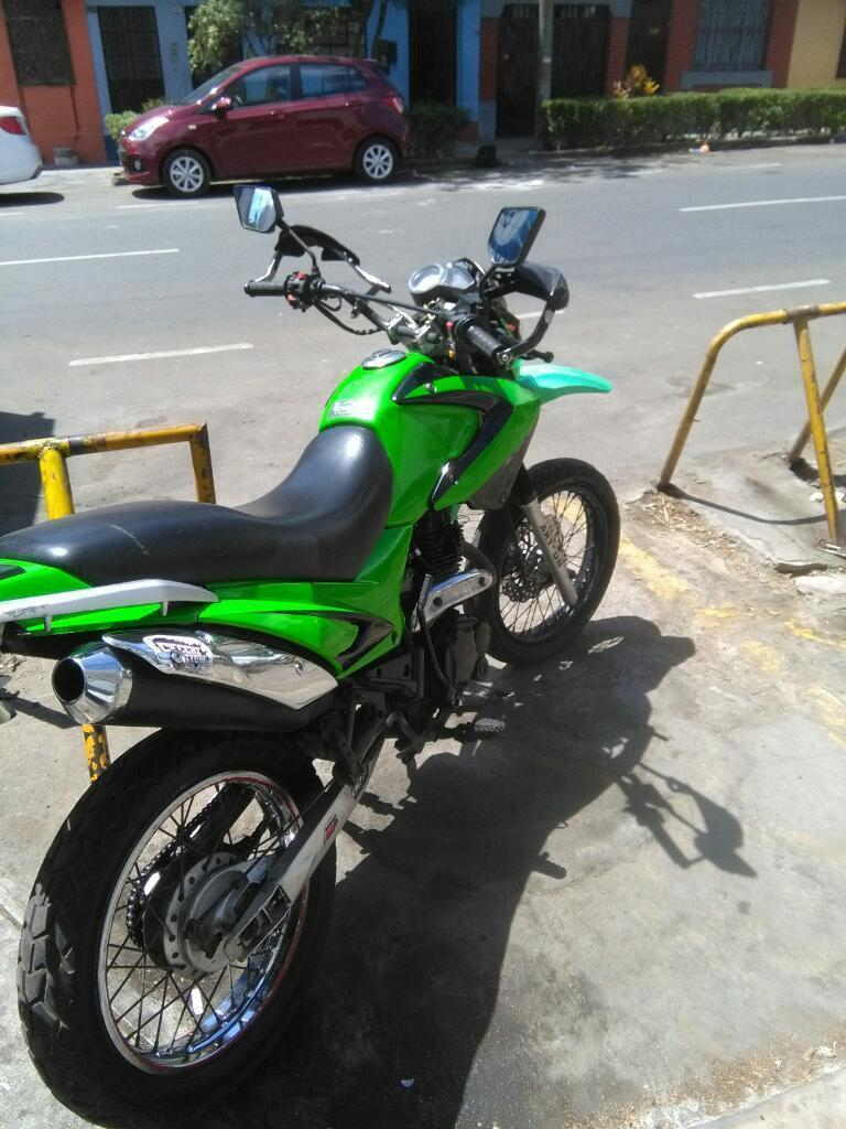 Vendo Moto Modelo Artsun 2012